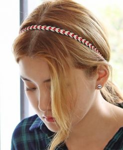 korean tips to style hair for work-headband