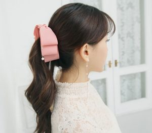 korean tips to style hair for work-ponytail