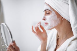 korean beauty tips to get back on track-women-facemask